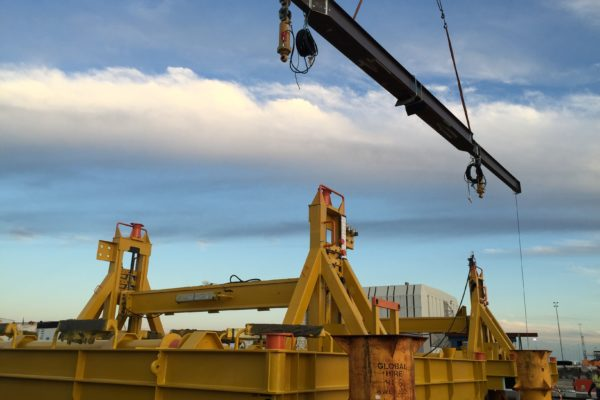 Subsea pipe support - Assembly and load testing 1