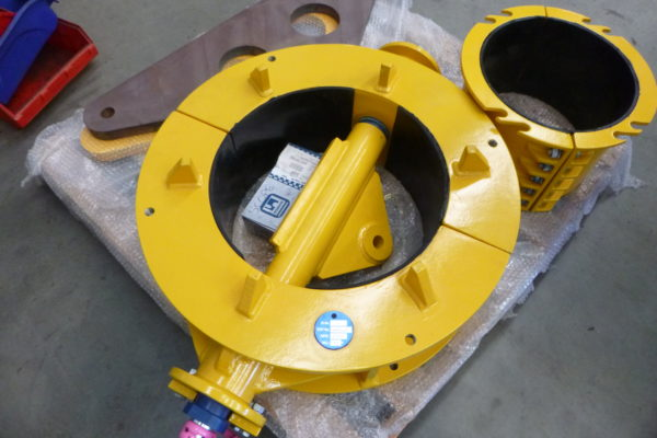 UCON Hang-off Collar and Delta Lift Plate